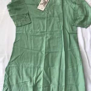 LOT- Embroidered Tunic Cover Up-Medium